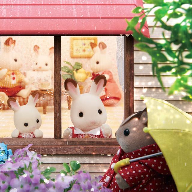 お気に入りの長ぐつに傘、アジサイもきれいに咲いていて梅雨もたのしいね!