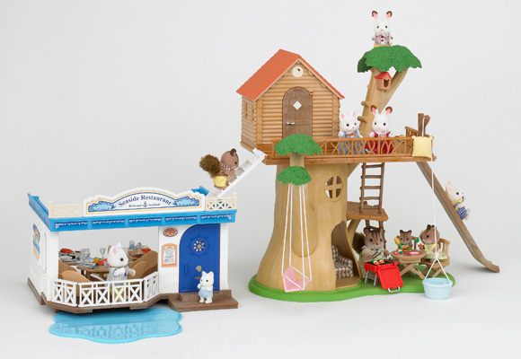 http://cdn2.sylvanianfamilies.net/includes_gl/img/catalog/connect/sylvanian/restaurant_treehouse.jpg