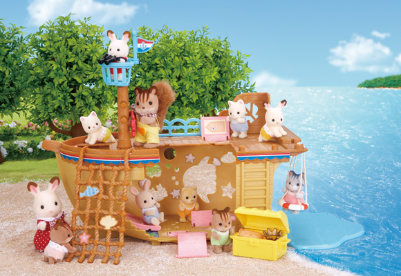 http://cdn2.sylvanianfamilies.net/includes_gl/img/catalog/connect/sylvanian/seasideboat.jpg