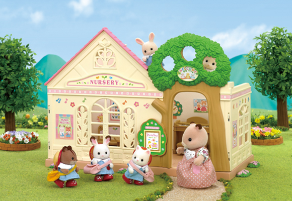 http://cdn-org.sylvanianfamilies.net/includes_gl/img/catalog/connect/sylvanian/youchien.jpg
