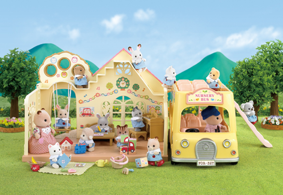http://cdn2.sylvanianfamilies.net/includes_gl/img/catalog/connect/sylvanian/youchien_2F-Bus.jpg
