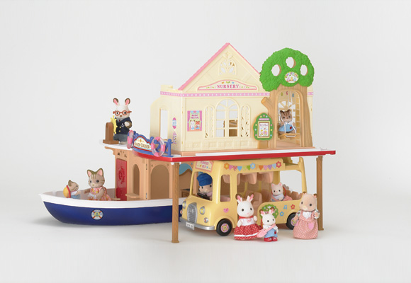 http://cdn2.sylvanianfamilies.net/includes_gl/img/catalog/connect/sylvanian/youchien_cruiseboat.jpg