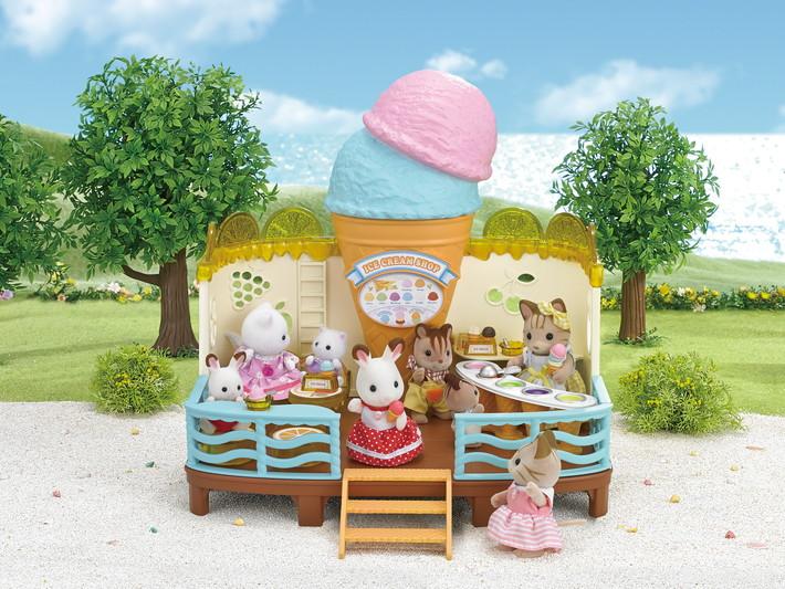 Seaside Ice Cream Shop - 4