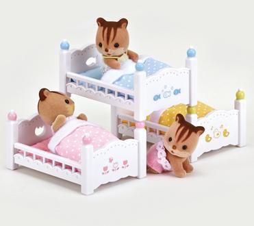 赤ちゃん三段ベッド - 4