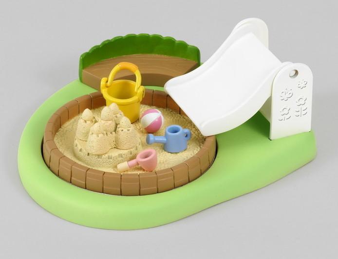 Sabbiera/piscina asilo nido